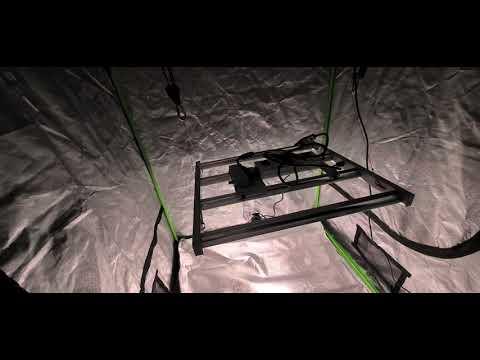 Mars Hydro FC 3000 - Bar LED Grow Light for 3x3 to 4x4 feet.